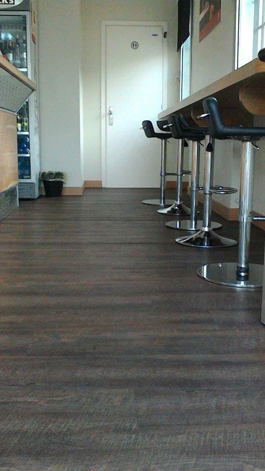 Colori pavimenti simple immagini idea di casa design esterni con colori facciate esterne case e - Colore divano pavimento cotto ...